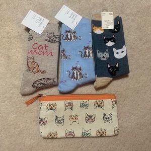 3 brand NEW Cat Socks + bag